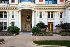 Tour Oprah Winfrey's Chicago Home for Sale : HGTV FrontDoor Real Estate