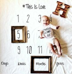 5 Unique and Easy Ideas For Your Baby's Monthly Milestone Photos (That Go Beyond The Onesie Sticker) - what moms love