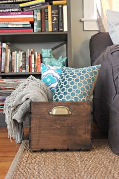 12 Amazing Wooden Crates Furniture Design Ideas,Throw Blanket + Pillow Storage Fashionable Blanket Storage Ideas Among the simplest approaches to warm up an area is by layering textures. Wooden Storage Crates, Crate Storage, Diy Storage, Storage Ideas, Extra Storage, Storage Bins, Storage Containers, Storage Solutions, Cageots Vintage