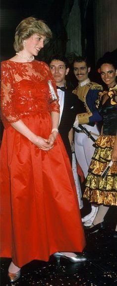 Vad är historien om kungliga Grafton china?