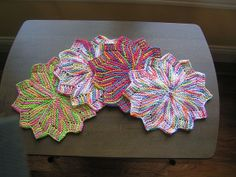 Petal dishcloths..fun to knit..free pattern