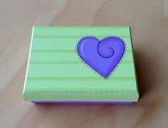 Caja Corazón por Angélica Tamayo Painted Wooden Boxes, Explosion Box, Country Crafts, Love Painting, Clay Pots, Box Art, Summer Fun, Ideas Para, Decoupage