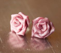 Pearl Pink Rose Earrings bridal wedding by mlwdesigns on Etsy, $10.50