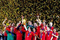 The Spanish football team won the 2010 World Cup which took place in South Africa. World Cup Groups, World Cup Teams, Fifa World Cup, World Cup Winners, World Cup 2014, Xavi Alonso, Spain Football, World Cup Champions, National Football Teams