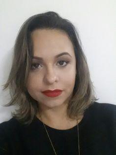 Bocão vermelhão!   #blogcharmecharmosa #blogger #blog #redlips #redlipstick #robywoo #maccg #maccosmetics #make #makeup #makeupideias #maquiagem #eumaquio #make   www.charmecharmosa.blogspot.com.br
