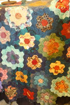 Mystery Playground: Crafty Thursdays: English Paper Piecing with Barbara Graham - DIY + kit giveaway