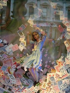 store display window, Alice in Wonderland