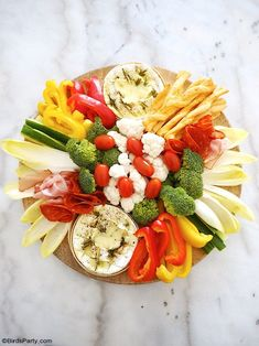 Camembert Cheese Fondue Board - quick and easy baked recipe for a lighter winter fondue that is perfect as a sharing appetizer or a dinner party! Baked Camembert, Camembert Cheese, Diy Unicorn Party, Mad Tea Parties, Festive Crafts, Fondue Recipes, Dinner Party Recipes, Raw Vegetables, Retro Recipes