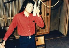 """New"" rare photos of Michael Jackson.Me being Michael."