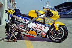 ホンダ NSR500(2001年)ライダー:バレンティーノ・ロッシ(ロードレース世界選手権500ccクラス シリーズチャンピオン)