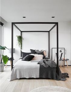 1000 ideas about 4 poster beds on pinterest poster beds four poster beds and beds. Black Bedroom Furniture Sets. Home Design Ideas