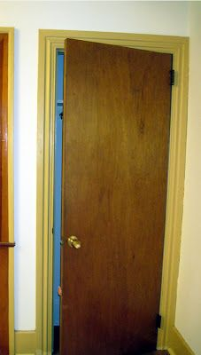 Hollow Core Door Makeover - the final result is amazing! Definitely doing this. :)