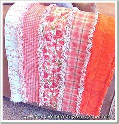Tutorial for DIY Ruffled Rag Quilt from soft flannel – this is sooooo pretty!  Thinking baby blanket