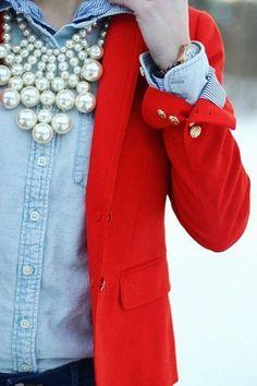 كيفية تنسيق اللون الأحمر مع الحجاب بدون مبالغة | ايف ارابيا Jewelry Accessories, Brooch, Casual, Clothes, Fashion, Outfits, Moda, Jewelry Findings, Clothing