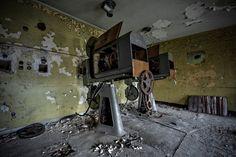 """Opuszczone kino """"Uciecha"""" w Czeladzi"""