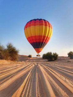Hot Air Balloon Fire Balloon, Air Balloon Rides, Hot Air Balloon, Balloons, Vintage Neon Signs, New Adventures, Ciel, Scenery, Nature