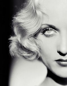 Classic Hollywood - Carole Lombard