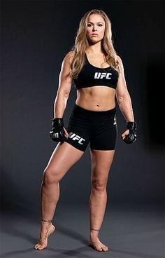 Rhonda Rousey UFC Champion Fighter - my idol😍 Ronda Rousey Wwe, Ronda Jean Rousey, Female Mma Fighters, Ufc Fighters, Female Fighter, Kickboxing, Muay Thai, Boxe Mma, Divas Wwe