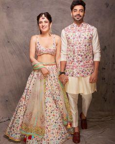 Indian Men Fashion, Indian Fashion Dresses, Indian Designer Outfits, Designer Clothes For Men, India Fashion Men, Indian Wedding Clothes For Men, Wedding Kurta For Men, Indian Bridal Outfits, Engagement Dress For Groom