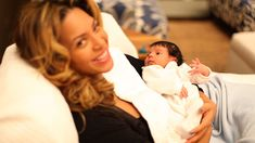 First Photos of Beyonce's and Jay-Z's Baby Emerge on Tumblr