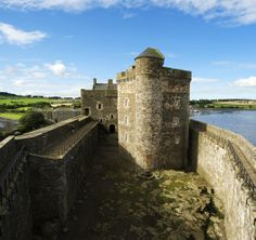 Did you know, Blackness Castle is often referred to as 'the ship that never sailed'? That's because from the seaward side it looks a bit like a stone ship that has run aground - find out for yourself when you visit! Blackness, Scotland