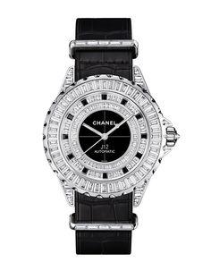 La montre J12 – G.10 édition limitée à 5 pièces de Chanel Horlogerie http://www.vogue.fr/joaillerie/le-bijou-du-jour/diaporama/la-montre-j12-g-10-de-chanel-horlogerie/21510#!la-montre-j12-g-10-edition-limitee-a-5-pieces-de-chanel-horlogerie