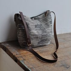 DAY+BAG++lines+by+bookhouathome+on+Etsy,+$70.00