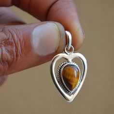 Soldering Jewelry, Jewelry Tools, Metal Jewelry, Pendant Jewelry, Jewelry Design, Jewelry Making, Unique Jewelry, Ring Earrings, Gemstone Necklace