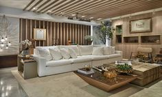O sofá K700-Tony nasce com a vocação de ser um ponto de encontro. É a peça ideal…