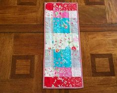 Handmade Quilts Table Runners Bags and by Clothstitched on Etsy Tablerunners, Quilted Table Runners, Table Toppers, Kitchen Decor, Quilts, Table Linens, Table Clothes, Quilt Sets, Quilt