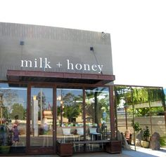 Orange County Milk and Honey, Delicious Teas Storefront Signage, Retail Signage, Retail Facade, Shop Facade, Honey Cafe, Exterior Signage, Le Shop, Brick And Mortar, Shop Fronts
