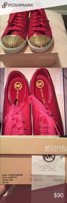 MICHEAL KORS sneakers size 8 Size 8. Never worn, prefect condition. Comes with receipt. Original retail $145 MICHAEL Michael Kors Shoes Sneakers