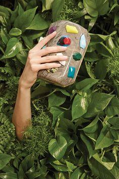Stella McCartney - All the Light on the Accessory #clutch #vegetal #background