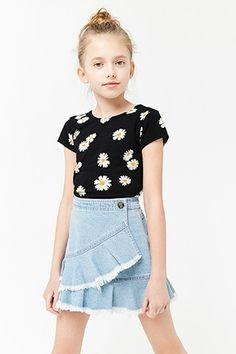 Preteen Girls Fashion, Girls Fashion Clothes, Little Girl Fashion, Teen Fashion Outfits, Kids Fashion, Girl Clothing, Fall Fashion, Fashion Trends, Cute Teen Outfits