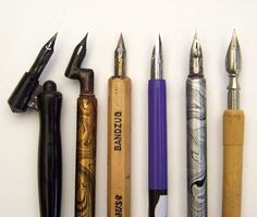 Calligraphy pens including two oblique pens. Calligraphy Supplies, Calligraphy Tools, Calligraphy Drawing, How To Write Calligraphy, Calligraphy Letters, Dip Pen, Penmanship, Pen And Paper, Writing Instruments