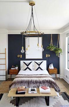 Gorgeous 85 Super Cozy Bedroom Ideas to Inspire You https://lovelyving.com/2017/11/02/85-super-cozy-bedroom-ideas-inspire/