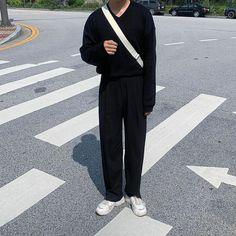 Korean Fashion Men, Teen Fashion, Fashion Outfits, Vetement Fashion, Facon, Mode Outfits, Mens Clothing Styles, Scenery, Aesthetics