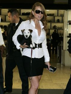 Mariah Carey and her matching puppy! Looking good, girls!
