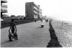 Paseo antigüo de Salinas. ¡Qué recuerdos!Saltábamos a la arena desde él. Madrid, Sidewalk, Louvre, Street View, Country, Building, Beach, Travel, Walks