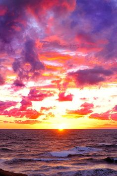 c1tylight5:  Coucher de soleil à Cap Hérissé | Christian Duguay