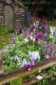 Perennial Garden by wendi