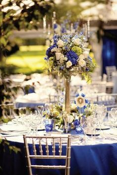 Blue wedding flowers, blue wedding decor, blue wedding flower centerpiece, wedding flower arrangement, add pic source on comment and we will update it.