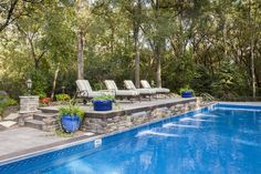 The raised sun deck of the pool pictured above, here you can better see the… Luxury Swimming Pools, Swimming Pools Backyard, Dream Pools, Swimming Pool Designs, Pool Landscaping, Pool House Designs, Backyard Pool Designs, Backyard Ideas, Raised Pools