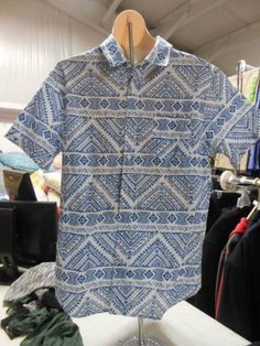 Active Apparel Men's Short Sleeve Printed Camp Shirt, Large, White/Blue