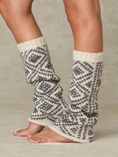 Peruvian Pattern Legwarmer- to go under/over boots. Couture, Over Boots, Mode Shoes, Knit Leg Warmers, Boot Socks, Boot Cuffs, Leggings, Tights, Passion For Fashion