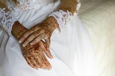East meets West... Beautiful...love ♥ Wedding Mehndi, Beautiful Love, Fingerless Gloves, Arm Warmers, Henna, Boho Chic, Tattoos, Fashion, Fingerless Mitts