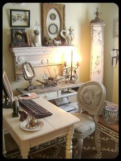 Wow, this just inspired me to renew my home office space. This just goes to show that modern necessities can be mixed into the vintage romantic look of shabby chic!