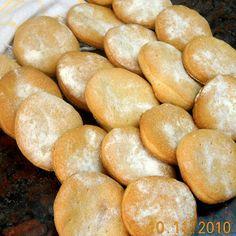 GALLETAS MARINERAS, BIEN SEQUITAS Y CROCANTES Bread Recipes, Hamburger, Muffin, Pizza, Cookies, Vegetables, Breads, Elba, Empanadas