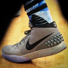 kyrie irving wearing the nike kyrie 1 all star 1