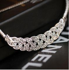 2016 Hot Pendant Necklace Women Trendy Jewelry Snake Chain Statement Necklaces Rhinestone Pendants For Gift Party Wedding ND30